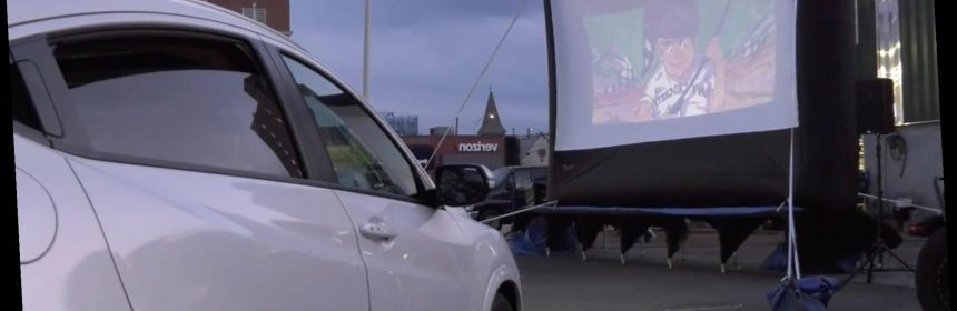 Nyc Drive In Theater Attracting Big Crowds Thanks To Coronavirus Hot Lifestyle News